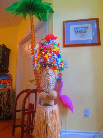 This Santa sculpture sat by the front door and held the leis that our visitors received upon arrival. It kind of looks like he has dreds!
